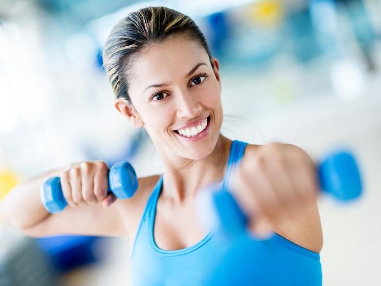 ¿Cuáles son los mejores ejercicios para levantar el pecho?